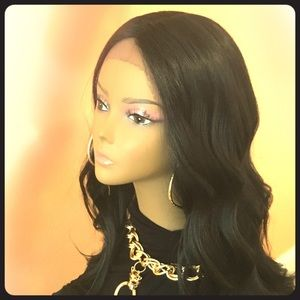 "Accessories - 22"" Beach Waves! Human Hair Blend Wig"